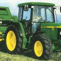 John Deere 6210 SE Traktor mit Ballenpresse (Quelle: John Deere)