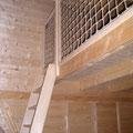 Spielboden mit Leiter und Absturzsicherung aus Hanfseil
