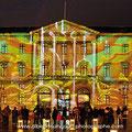 projections d'images animées sur la façade de la mairie