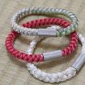 5) Armband aus echter Obijime-Kordel mit versilbertem Verschluß oder aus Edelstahl