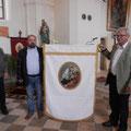 Neu restaurierte Kirchenfahne, Heiliger Aloisius