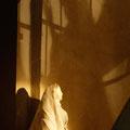Schattenspiel, am 1. Advent, die Verkündigung an Maria (Milieukrippe in Sankt Maria in Lyskirchen, Foto © lyskirchen)