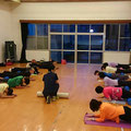 姿勢を良くする体幹部のトレーニング、体力をアップさせる運動