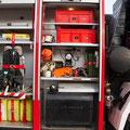 GR 2 mit Dieseltank, Atemschutzmasken und div. Zubehör