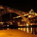 eine der 5 Brücken in Porto
