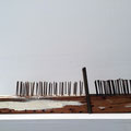 """Willkommen in Europa"" | Holz, Nägel, Kalkfarbe | 20 x 70 x 10 cm"