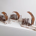 """Die große Überfahrt"" | Holz, Nägel, Metall | je 18 x 30 x 11 cm | Foto S. Keller"