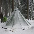 Ein Bisontelt Tundra 4 trotzt dem Schnee