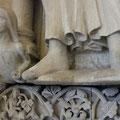 Riemchenschuhe einer Plastik am Dom zu Münster (Foto: Privat)