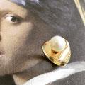 Ring met parel, van 'oud goud'