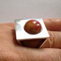 Zilveren ring met verwisselbareknikker