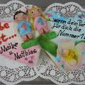 """ 9 : Hochzeitstorte Motto """"Liebe ist..."""""""