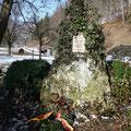 Kriegerdenkmal bei der Linde unter dem Bruckfels      Foto: Martin Knaus