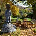 Skulptur von Martin Knaus: Steinzeitbär     Foto: Martin Knaus