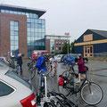 Glücklich und nass erreichten wir wieder den Stadthafen.