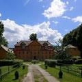 Das Schloss Lühburg beherbergt heute Ferienwohnungen