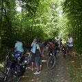 Kurzstop in der Rostocker Heide, wo wir sofort dem Angriff der Killermücken ausgeliefert waren.