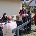 Mittagspicknick an der Kurverwaltung in Ahrenshoop.