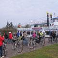 Kurzer Halt am Hafen von Prerow. Nix Schiff, vorerst ging es per Rad weiter.