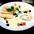 こだわりの「チーズの盛り合わせ」