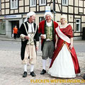"""Der """"Markgraf Christian Heinrich von Bayreuth-Kulmbach"""" wartet auf die Reisenden vom Ostfalen Courier — hier: Flecken Weferlingen"""