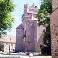 Schloss Altenhausen in der Altmark liegt direkt an der Museumsbahn — hier: Schloss Altenhausen