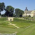 Schloss Hundisburg mit Ziegeleimuseum bei Haldensleben — hier: Schloss Hundisburg