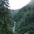 los geht's 5:30 durch das Höllental Richtung Höllentalangerhütte