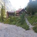 die Höllentalangerhütte ist nach ca. 2h erreicht