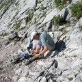 """anlegen des Klettersteiset's kurz vor der """"Wand"""" (Leiter)"""