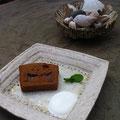 焼リンゴのモラセスケーキ