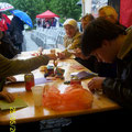 2013 großer Andrang am Origami Tisch