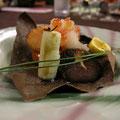 焼き物(秋鮭朴葉焼き、焼き栗)