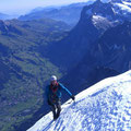Tiefblick gegen Grindelwald / Wetterhorn