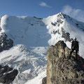 Gipfelbild vor dem Morgenhorn und Wyssi Frau