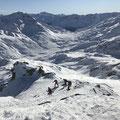 Tiefblick gegen Gotthardpass und Tessin