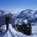 Hans auf dem Gipfel