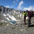 Dieser schöne Eissee - der Obersee (2'474 m) - ladet zum Bade.....