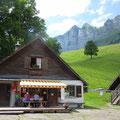 Ausklang in der gemütlichen Alp Schrina