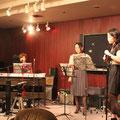 出演は、cheeck-tack(教員ユニット)とchika(ちーこーと ボーカリスト)オープニングは3名で。