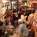 宴は夜遅くまで、和気あいあいと行われました。ぜひ両店で開催されてる石井誠「生」展へお越し下さい。