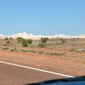 Auf dem Stuart Highway vor Coober Pedy