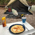 Pancakes zum Frühstück - Stärkung für den Kanutrip