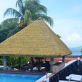 Hotel 'La Digue Island Lodge' - Pool mit Poolbar