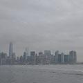 Auf dem Weg nach Ellis Island: Skyline im Hintergrund