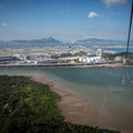 Ngong Ping Cable Car zum Big Buddha - Sicht auf Flughafen