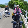 Auf Shikoku begegnen uns jeden Tag Pilger zu Fuss. Allein auf dieser Insel gibt es 85 Schreine auf dem Pilgerweg.
