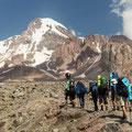 Im Sommer sind viele Wanderer und Bergsteiger aus Europa unterwegs.