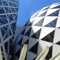 Raffinierte Architektur in Stahl, Glas und Granit.