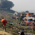"""Im """"Hafen"""" von Mandalay."""
